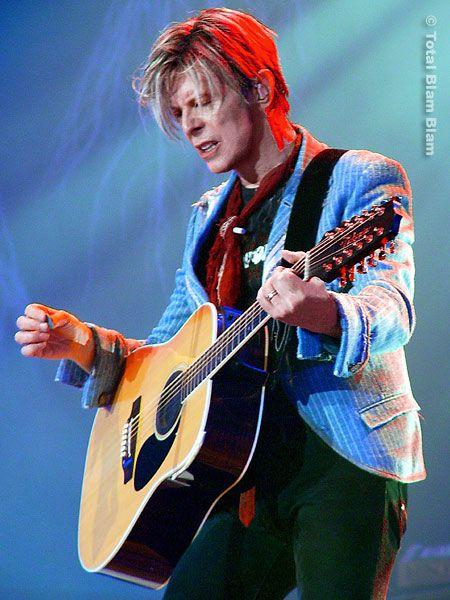 DAVID BOWIE 's jacket and cravat by Elise Fife