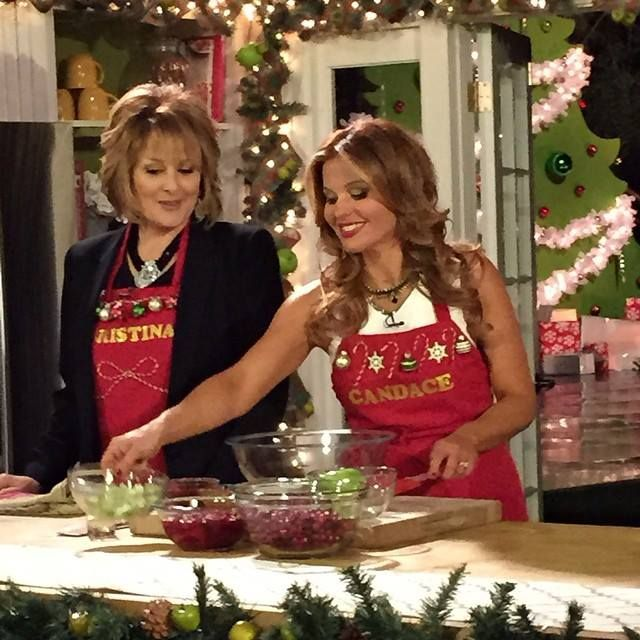 Christmas Under Wraps.Christmas Under Wraps Candace Cameron Christmas Movie