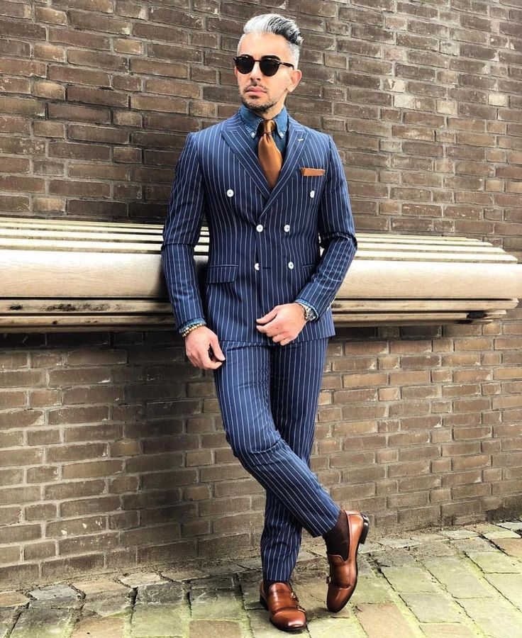 Shoes with Striped Suits-600x734 Men's Business Casual Shoes Guide and 20 Tips for #men#39;ssuits