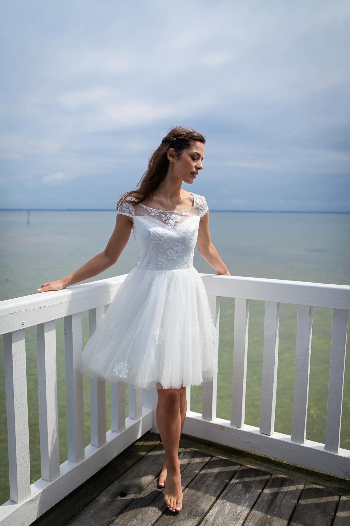 Short Beach Wedding Dress | Beach wedding dresses | Pinterest ...