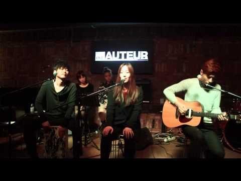 ▶ 애쉬그레이 - 이별의그늘 (Feat 백새은) - YouTube  Loving AshGray more and more. TALENT.