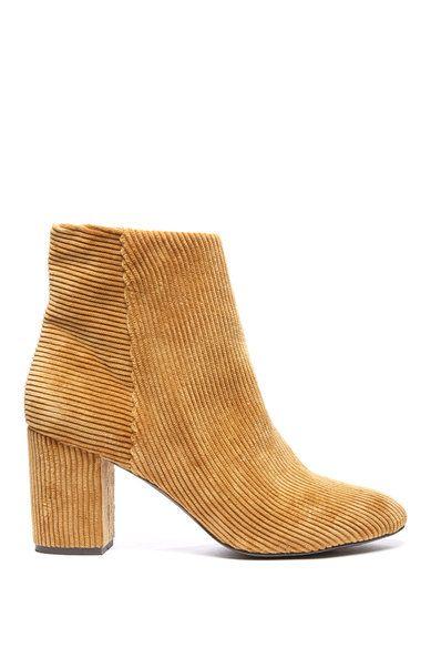 69c48363dfca Shop women s boots