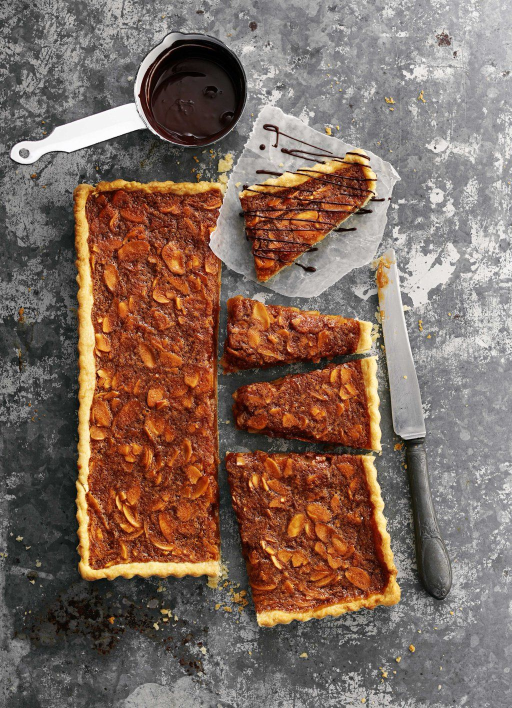"""olive magazine on Twitter: """"We've got trays and trays of snacks in this collection ¢traybakes #baking #snacks  https://t.co/uB9qyp2FyZ https://t.co/lmRwTljIEn"""""""