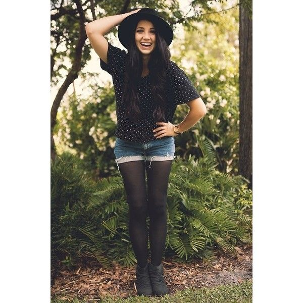 Hello! I'm Zara Natalia Powell, and I'm 16 almost 17. I'm an adventurer, a rebel, and a warrior. I try and stay happy all the time, but it doesn't really work. I hope to find someone who understands me and loves me for who I am. I am a tumblr girl with 4 million followers there. I'm also a Youtube beauty guru/gamer/DIY guru/prankster/comedian with almost 20 million subscribers.  Come say hi!