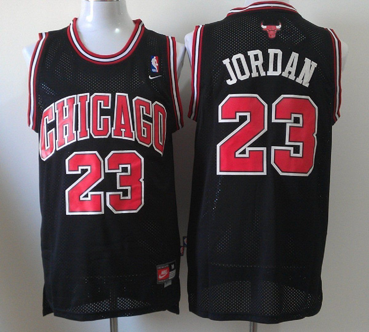 Amazon.com: Chicago Bulls, Michael Jordan ,#23,Black Red Stripe