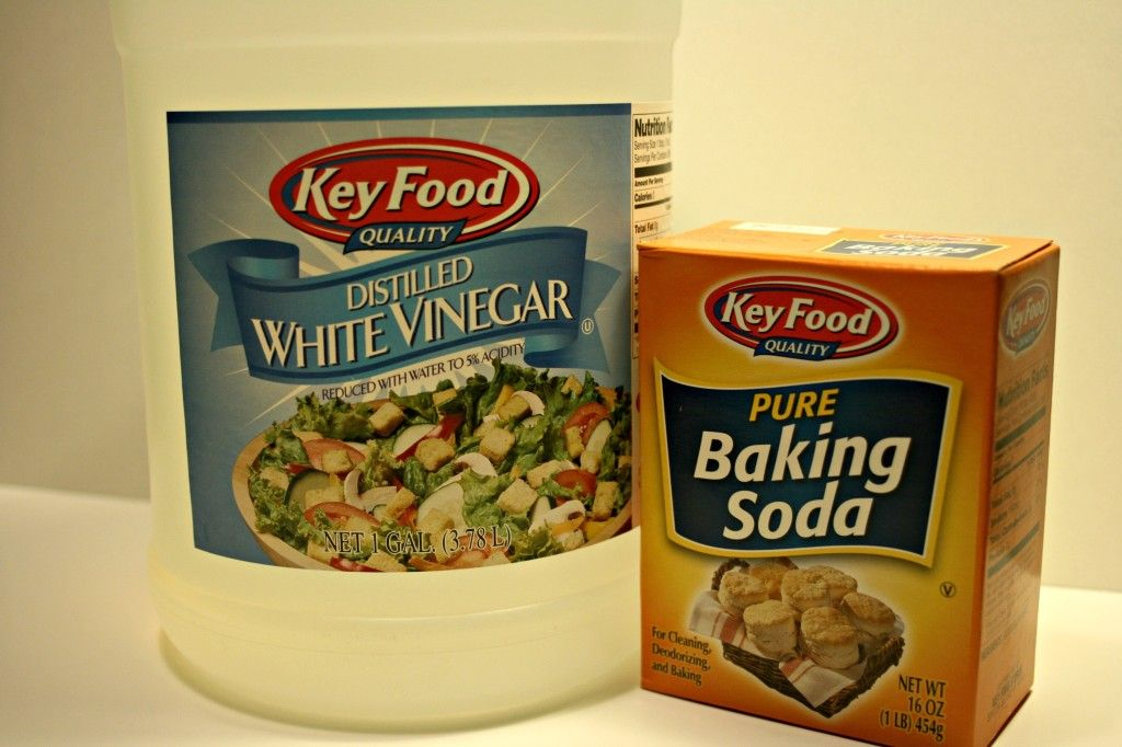 tips for using vinegar and baking soda to clean grout ...
