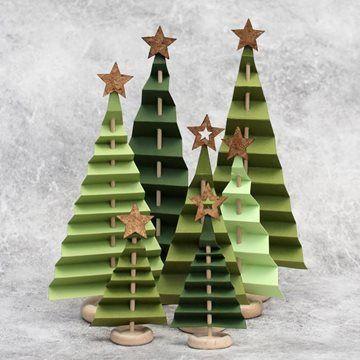 Juletræer i foldet papir #rustikaleweihnachten Juletræer i foldet papir #stueindretning