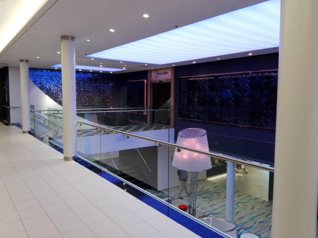 Mein Schiff 4 Schiff Bar Lounge Atrium