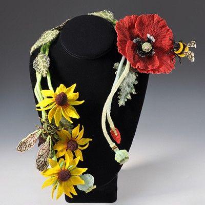 Summer Solstice Necklace by Karen Paust. Karen's beadwork is amazingly detailed, and beautiful! Curleytop1.