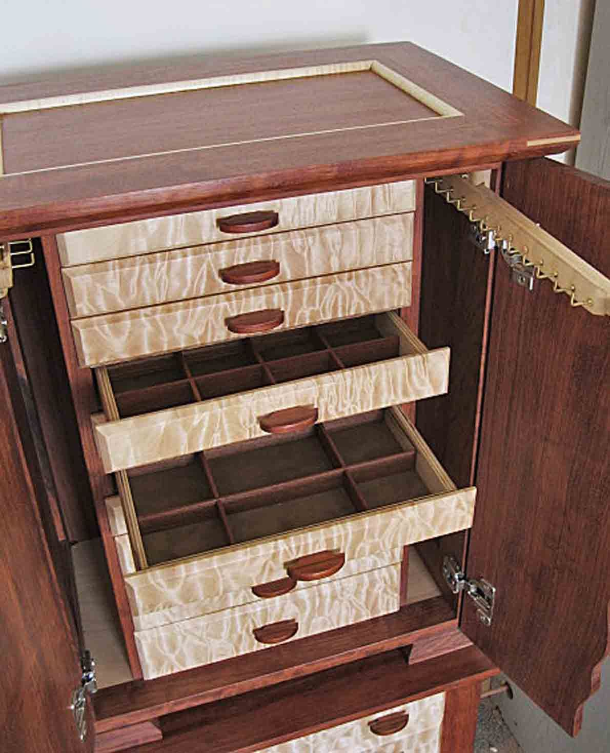 Handcrafted wood jewelry boxes - Handmade Wooden Jewelry Box With Lots Of Storage