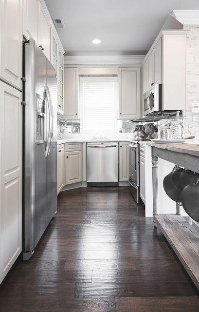 Uberlegen Auch Mit Einer Langen Und Einer Kurzen Seite Sind U Küchen Stilvoll · Off  White KüchenGaleere KüchenKleine ...