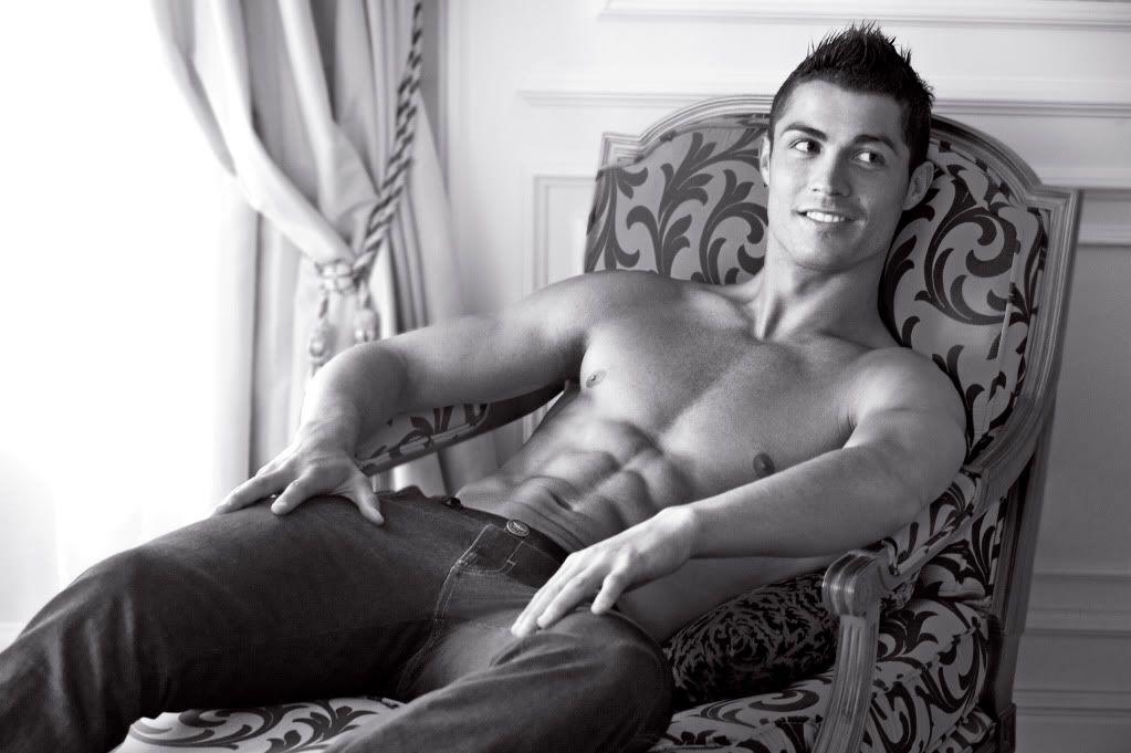 Cristiano Ronaldo= YUMMYYYYY