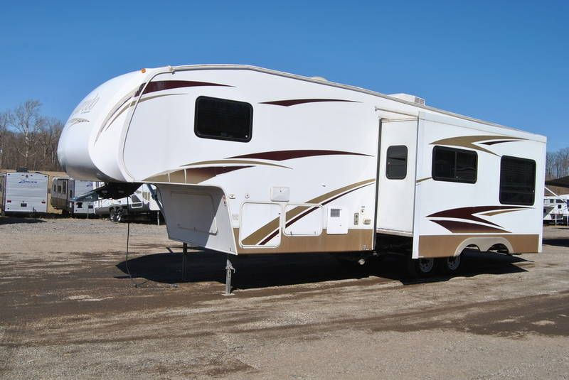 2008 Keystone Laredo 30bh For Sale Peru In Rvt Com Classifieds Laredo Rv For Sale 5th Wheels For Sale