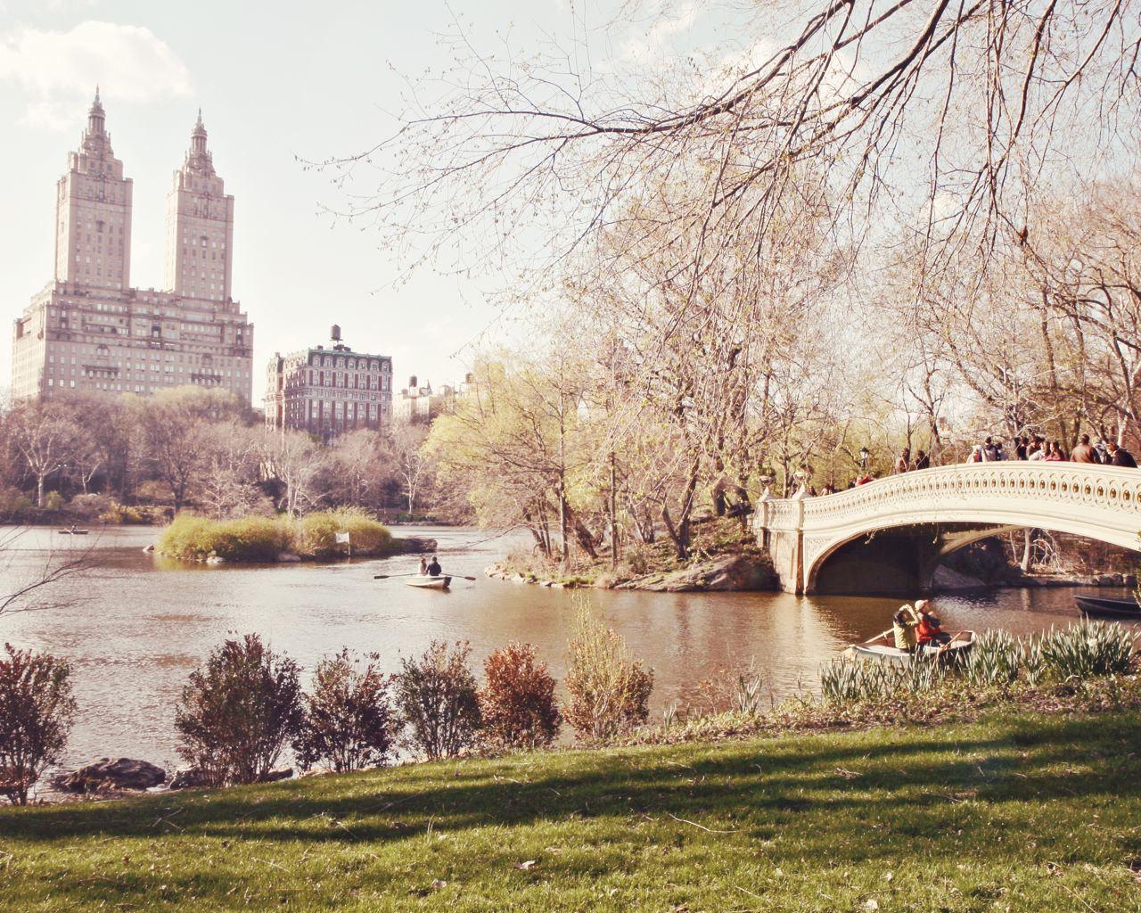 New York City Bow Bridge In Central Park New York City Photos New York City City Photo