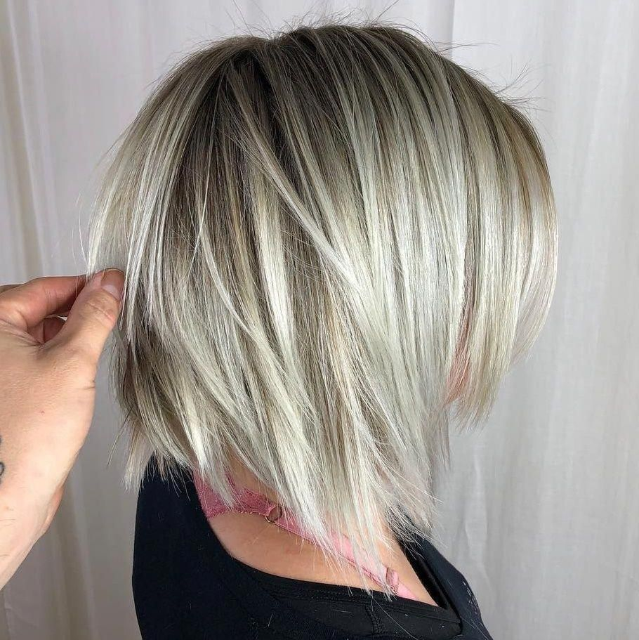 20 Bob Haircuts For Fine Hair To Try In 2019 Bobhairstylesforfinehair Bob Haircut For Fine Hair Bob Hairstyles For Fine Hair Haircuts For Fine Hair