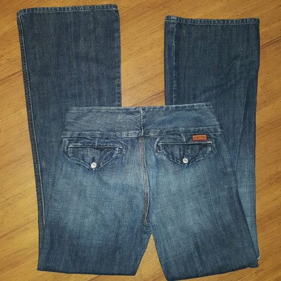 7 For All Mankind jeans size 28 (size 6) 7 For All Mankind jeans size 28. According to the Silver Jeans  size chart  this is a size 6 . Inseam is approximately 32 inches. 7 for all Mankind Jeans