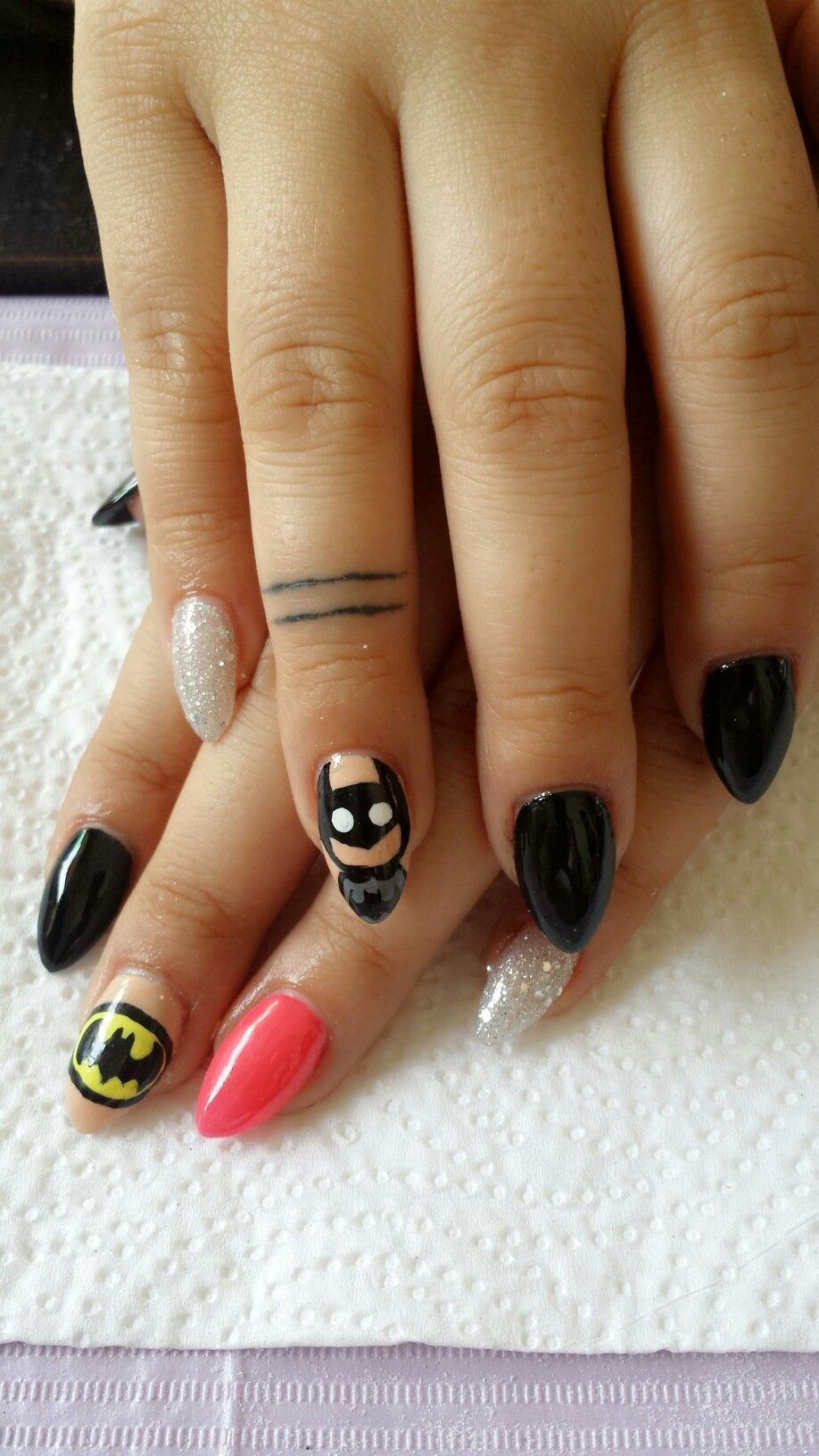 Batman nails Art nails DC Nails Comic Nails Batman Art Batman Design ...