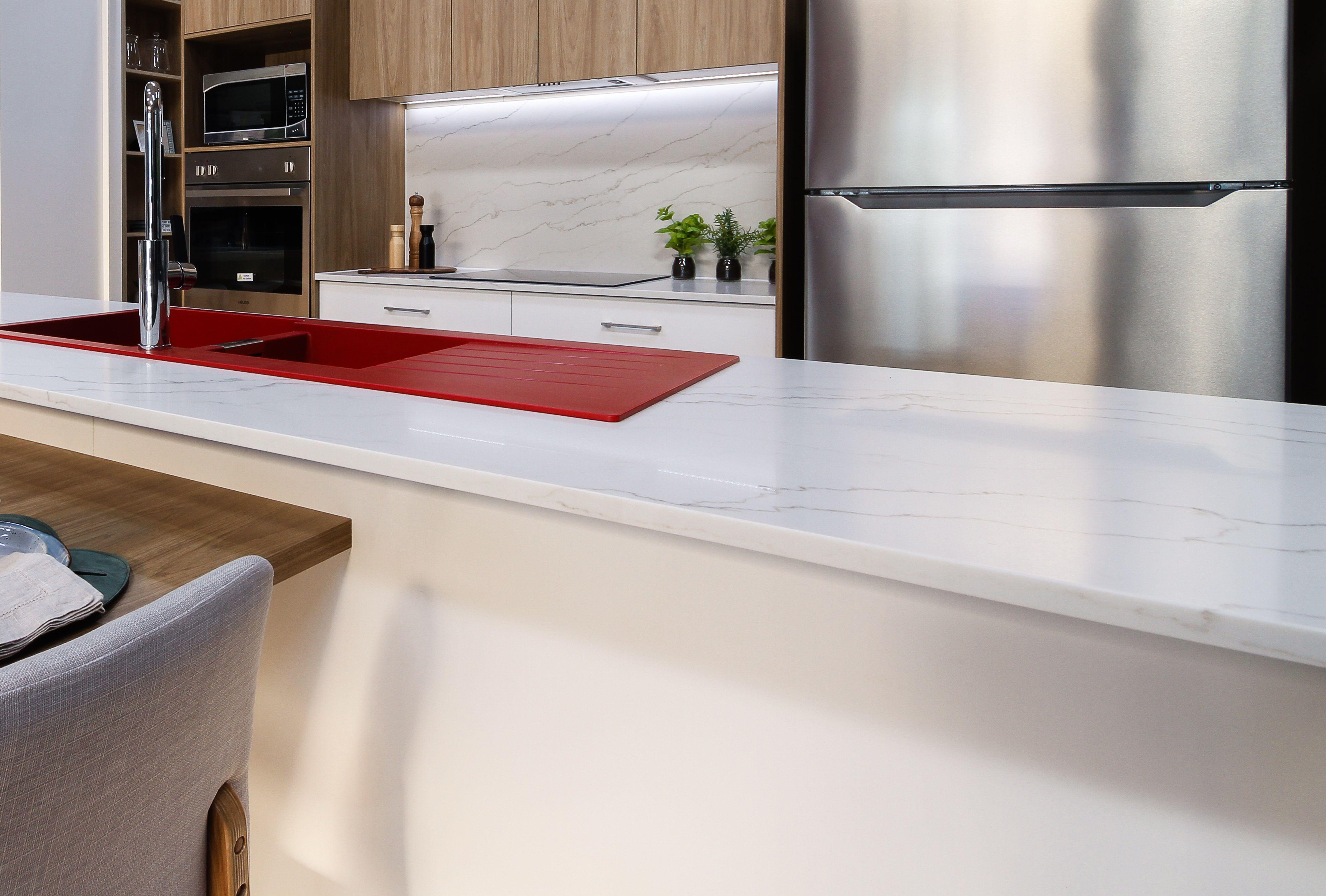 Fantastic Aspect Joinery Stunning Kitchen Bench Top In Smartstones Inzonedesignstudio Interior Chair Design Inzonedesignstudiocom