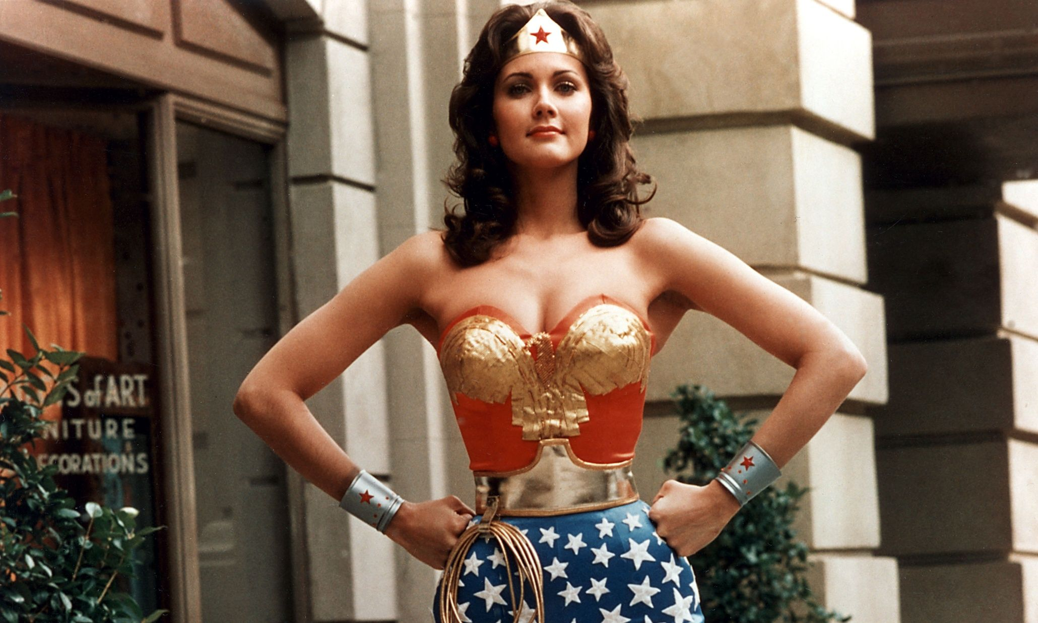 Lynda carter wonder woman softcore