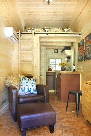 vacation rental bliss couple orders a 2nd tiny house to rent out in