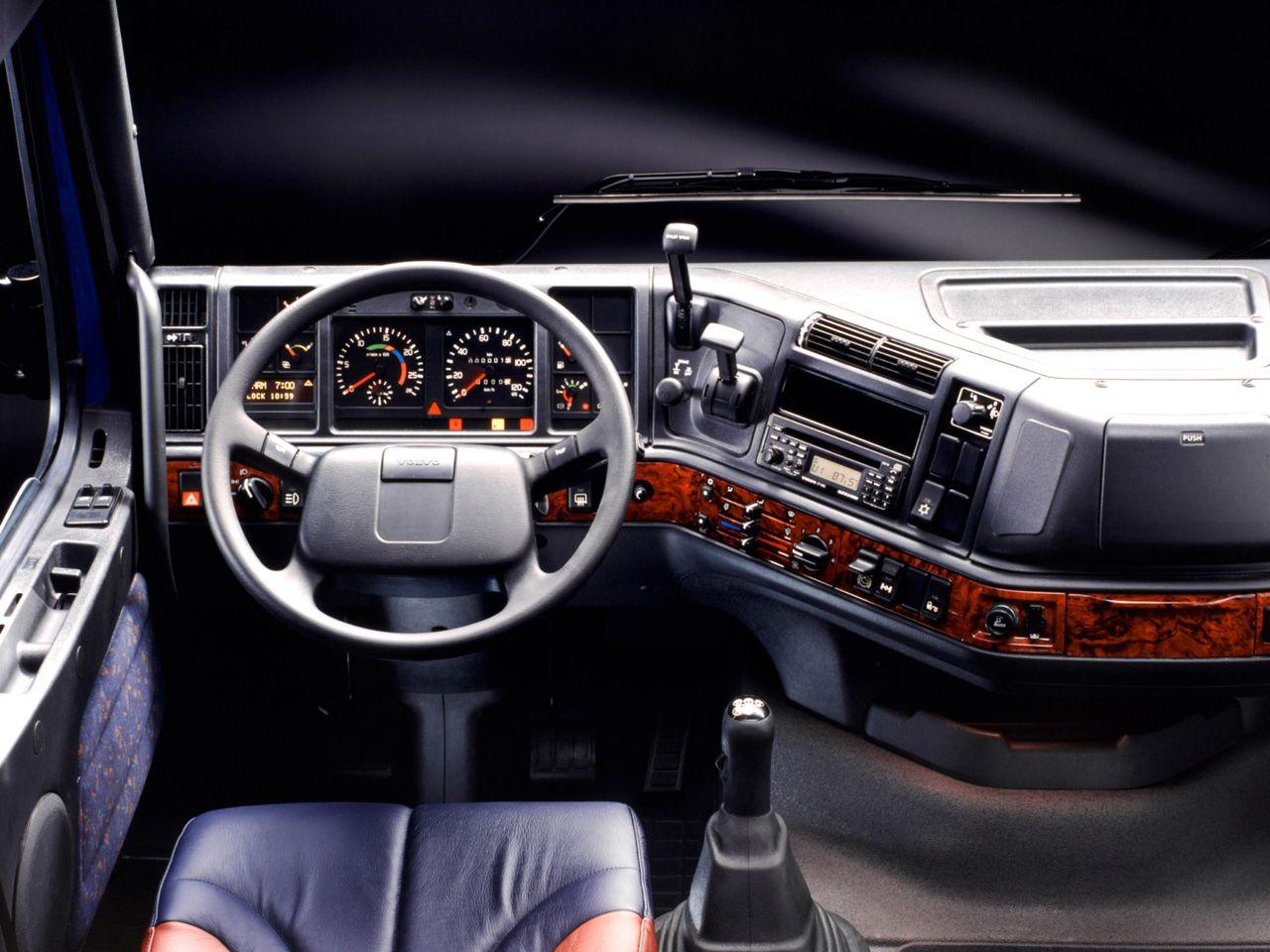 Volvo FH16 Globetrotter interior