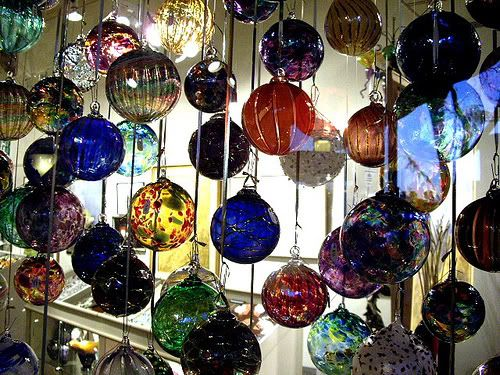 what I would give to have all of these hanging somewhere in my house