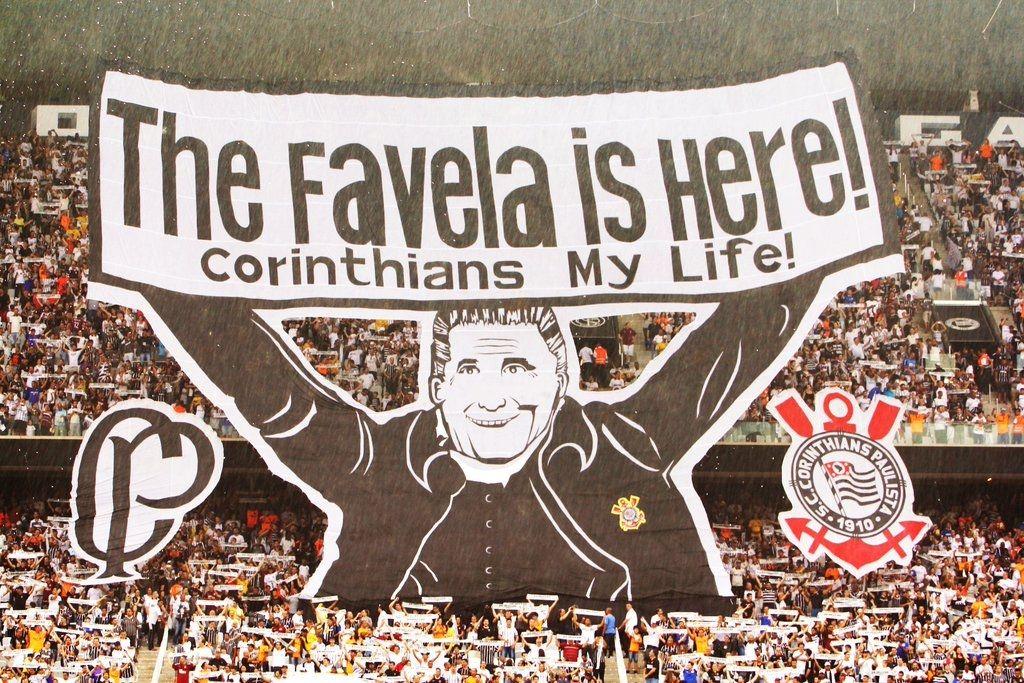 Conheca As Historias De Quem Acompanhou Os 100 Jogos Da Arena Corinthians Jovem Pan Arena Corinthians Time Do Povo Papel De Parede Corinthians
