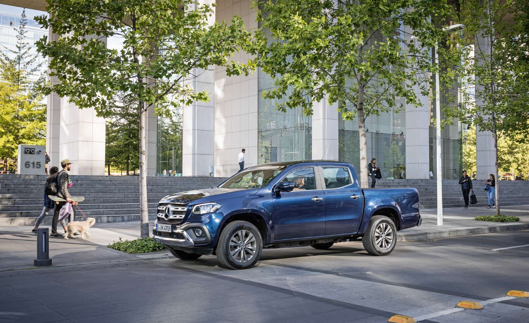 2018 Mercedes-Benz X-class (Euro-spec) - Manufacturer