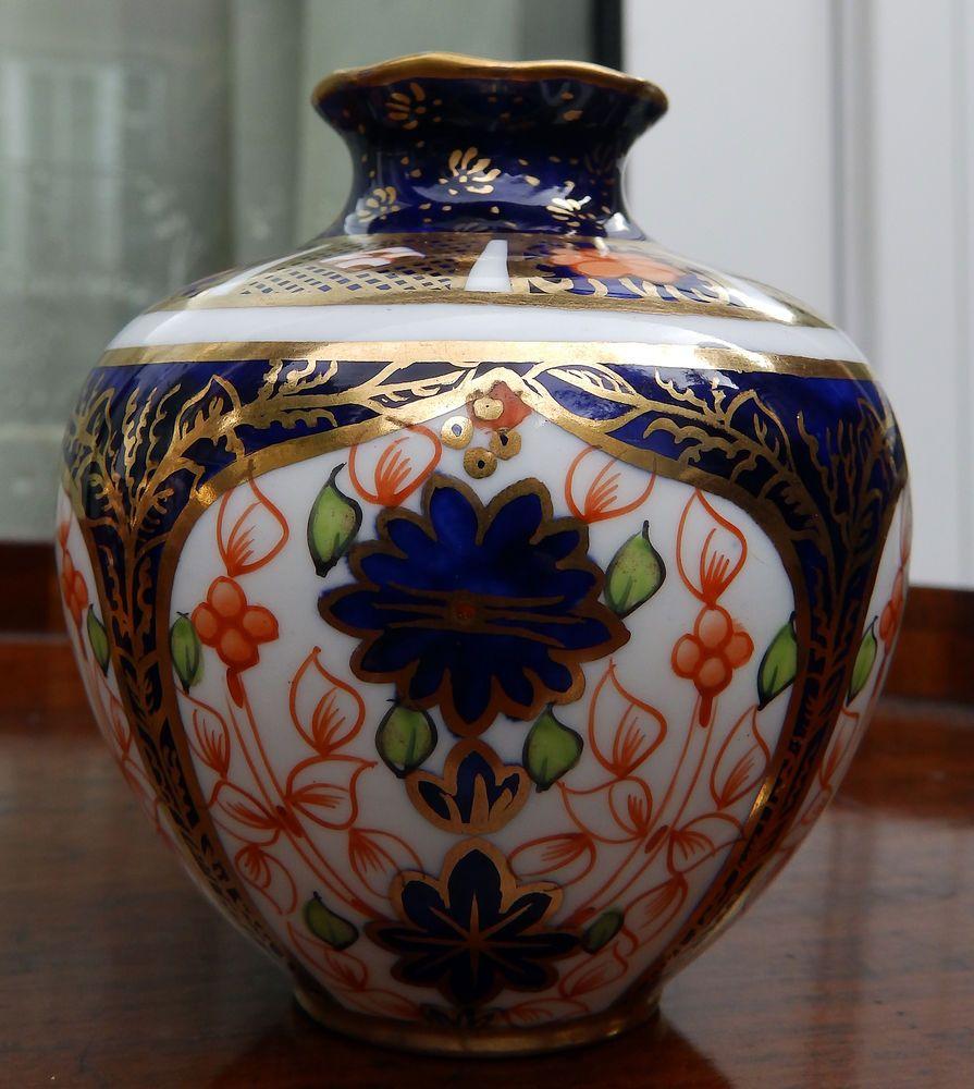 Antique english porcelain a royal crown derby vase imari antique english porcelain a royal crown derby vase imari pattern reviewsmspy