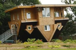 The Top 10 Ugliest And Most Unsightly Houses In The World Upside
