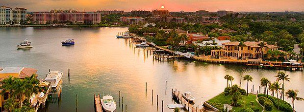 Sunset over Lake Boca Raton (Boca Raton, Florida). Picture Yourself in Paradise
