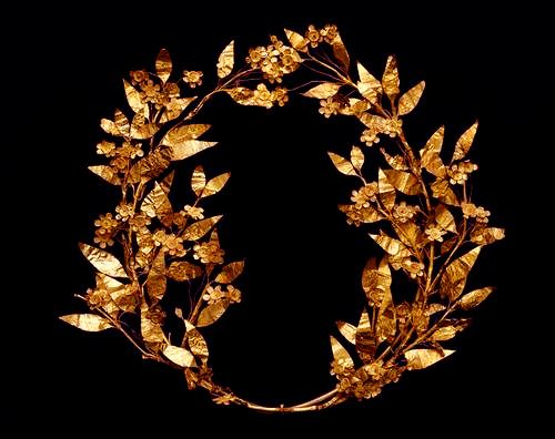 Risultati immagini per laurel wreath ancient greece