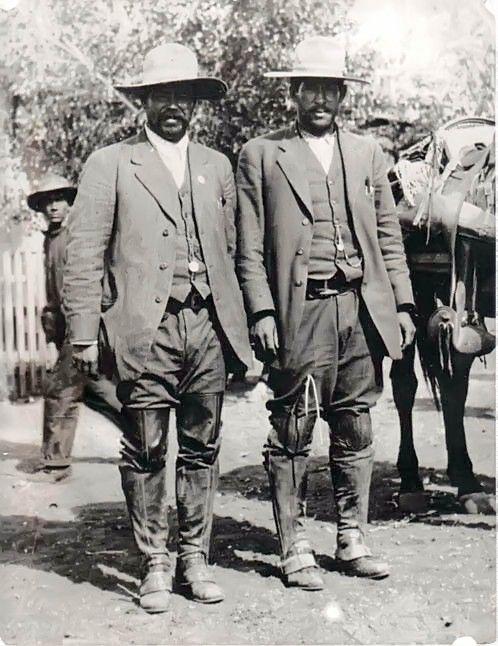 1913. Pancho Villa y Joese E. Rodriguez