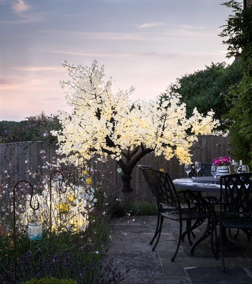 Solus Lighting offer illuminated LED trees for indoor u0026 outdoor use. Available in a range & Solus Lighting offer illuminated LED trees for indoor u0026 outdoor ... azcodes.com
