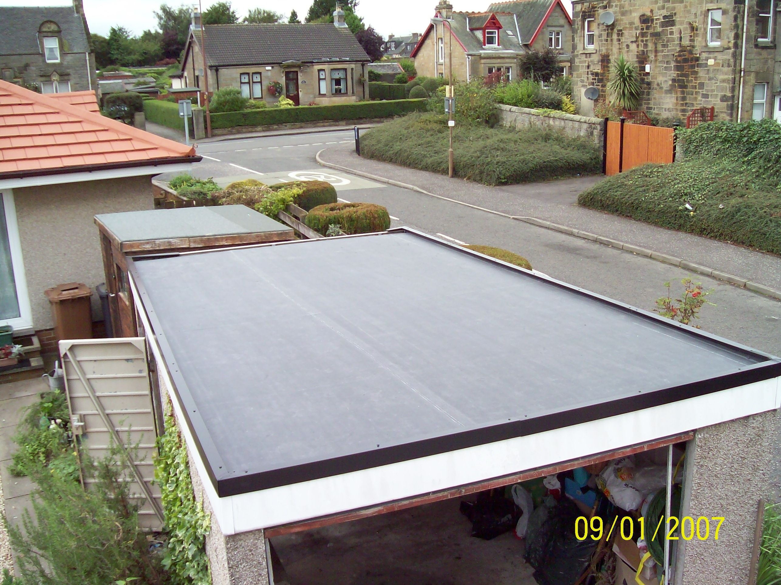 Best A Picture Of A Roof Http Www Rubberseal Com Flat Roof 400 x 300