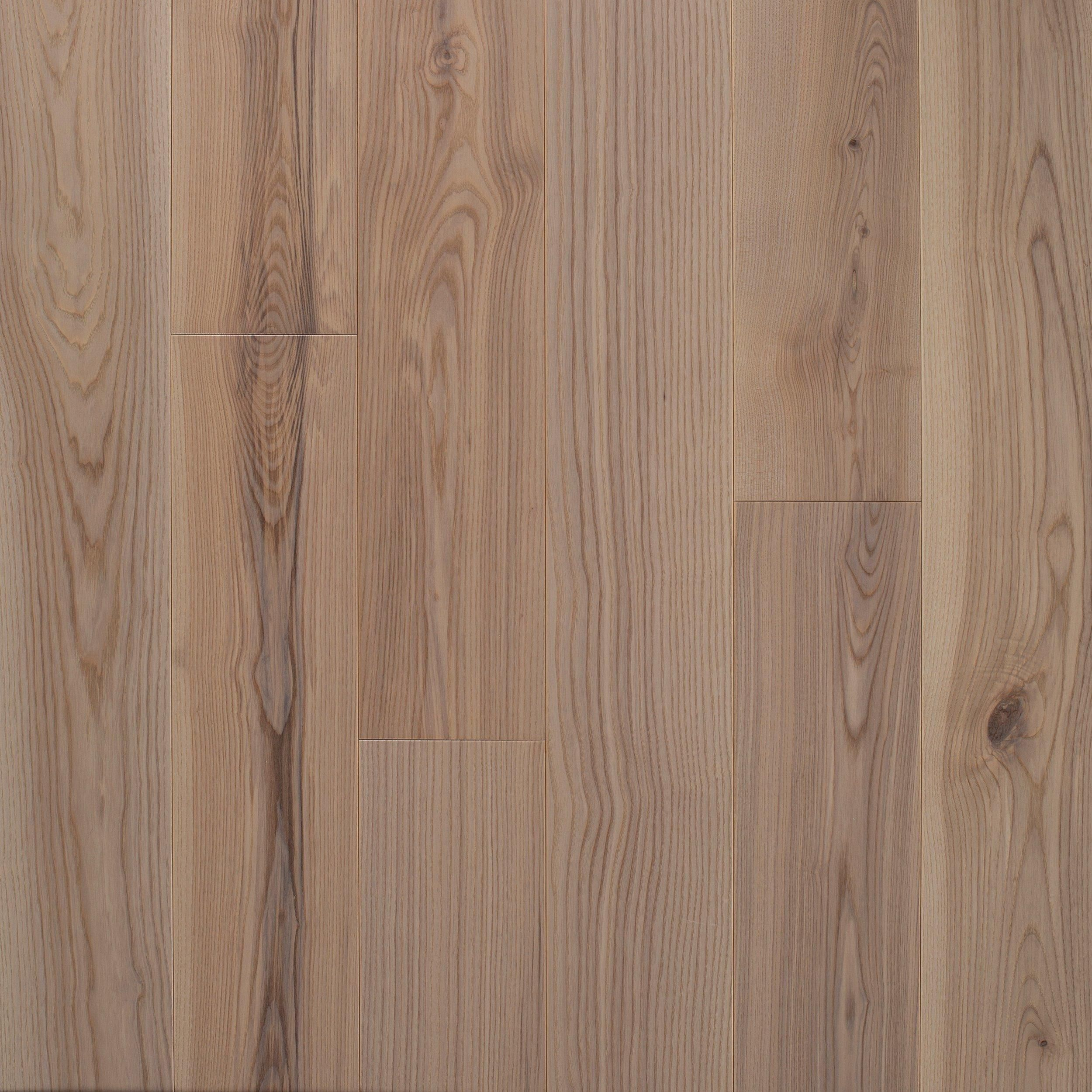 Petersburg Ash Wire Brushed Solid Hardwood In 2020 Solid Hardwood Hardwood Solid Hardwood Floors
