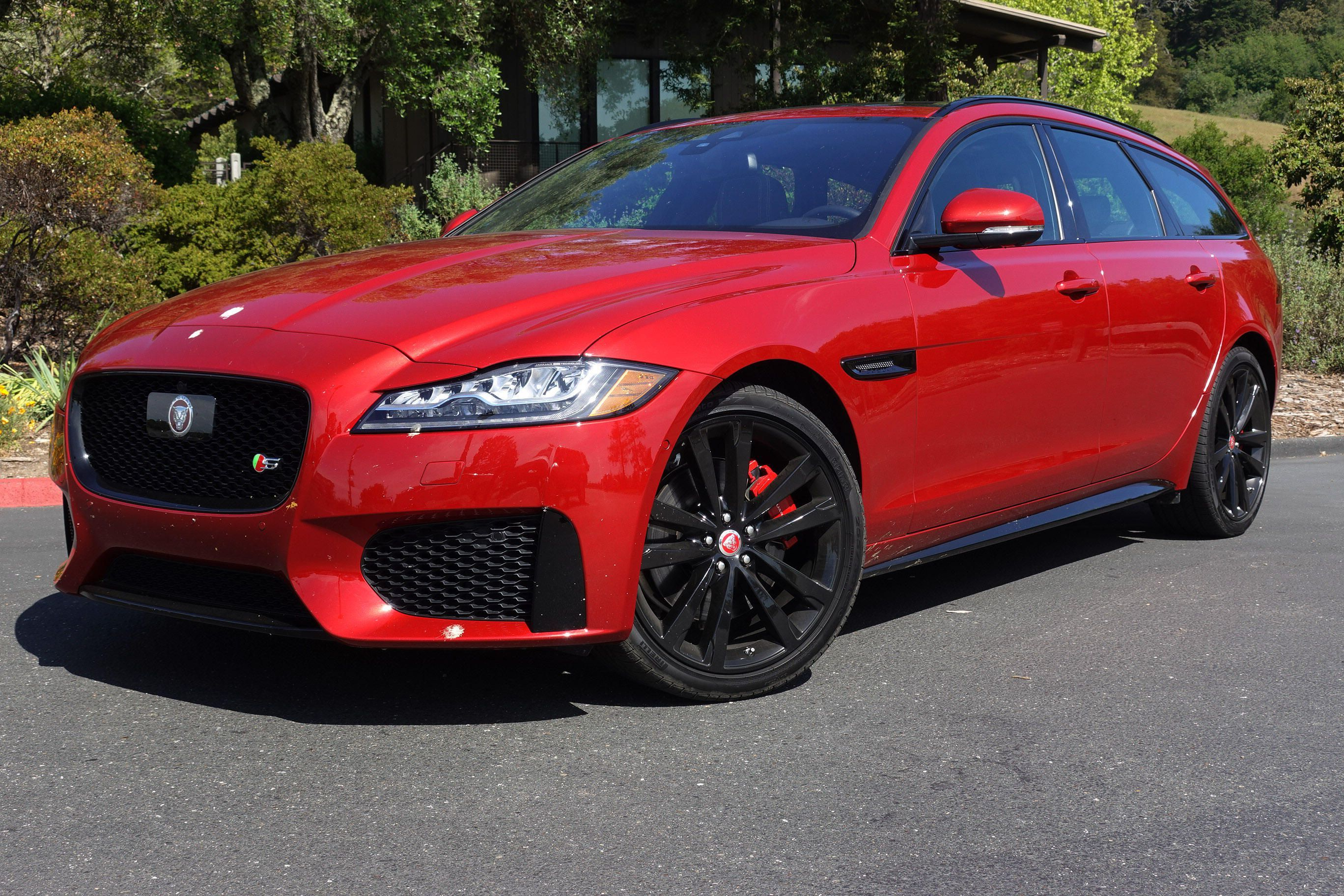The Long Roof Jag Was A Welcome Change In An Onslaught Of Suvs But In The End That Cat Just Wouldn T Hunt America Has A Complica Station Wagon Jaguar Xf Wagon