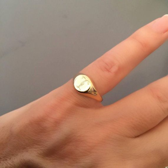 bague or auriculaire femme
