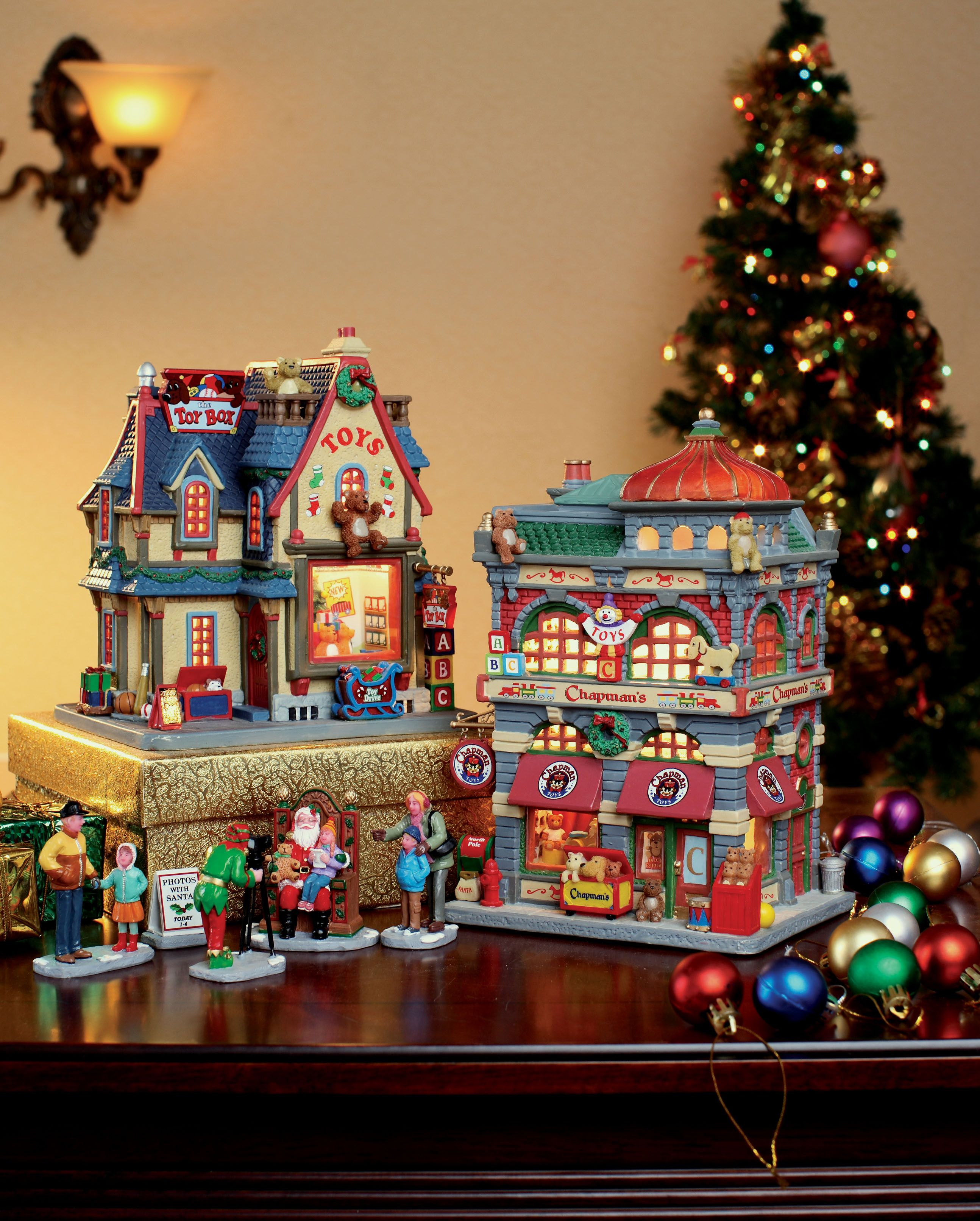 Houses Decorated For Christmas Lemax Caddington Quot Chapman Toy Shop Quot Sku 25371 And Quot The