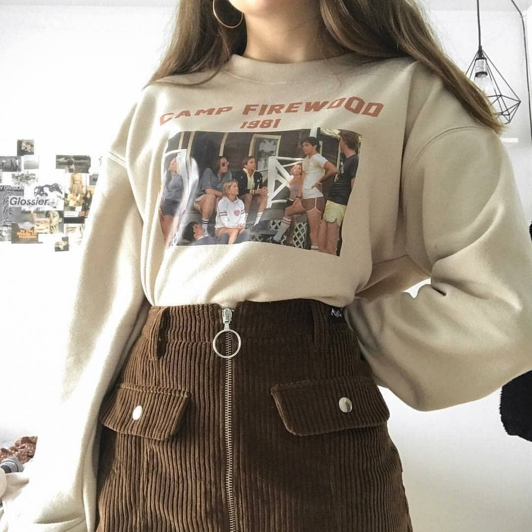 Outfits4school Source By Larasu712 Vintage Outfits Grunge In 2020 Retro Outfits Aesthetic Clothes Fashion Inspo Outfits