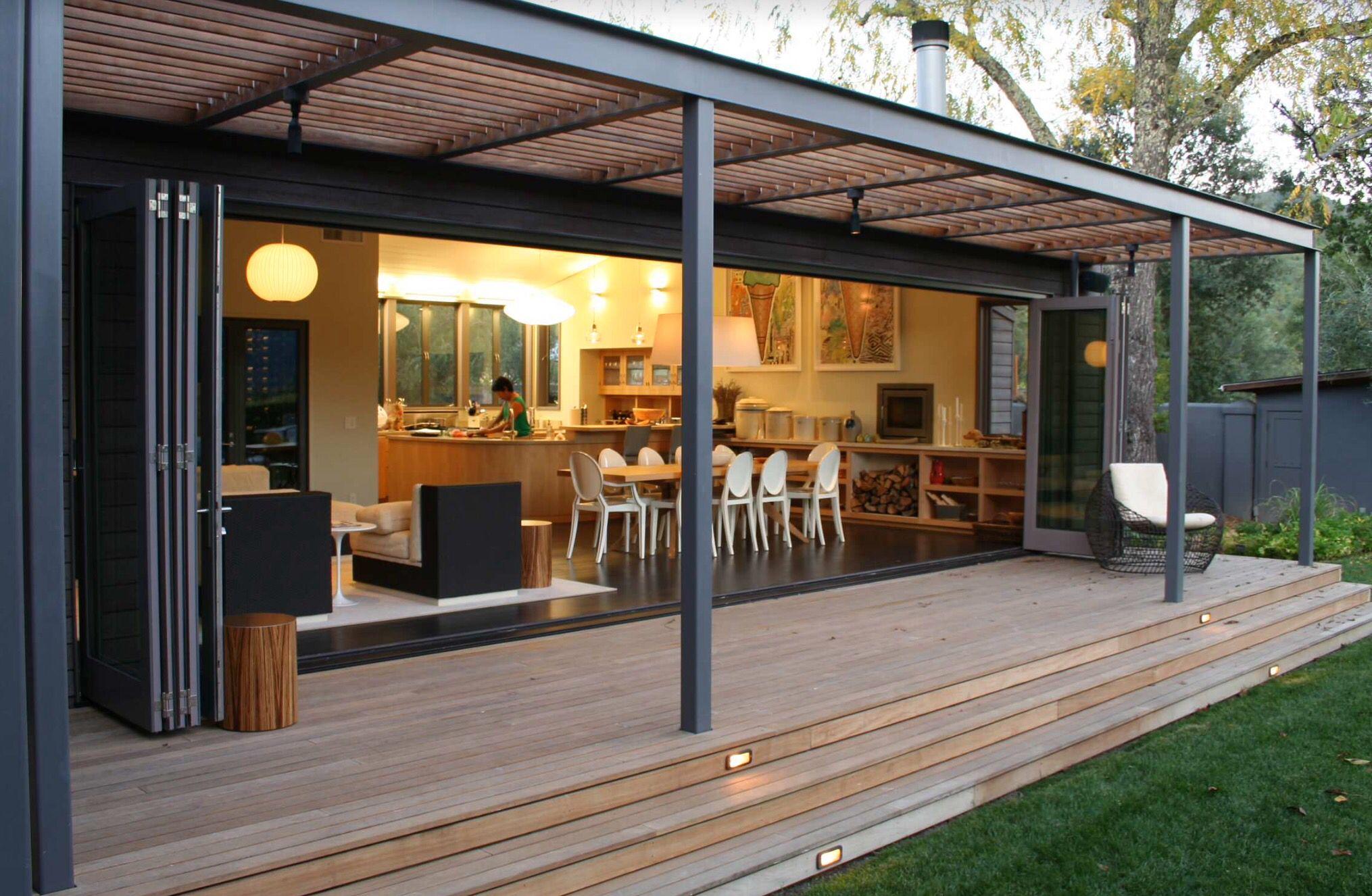 Prachtig met die vouwdeuren binnen buiten dream home modern