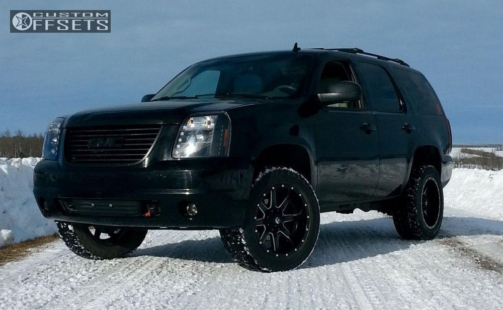 2005 Yukon With 18x9s On Rough Country Leveling Kit Gmc Yukon