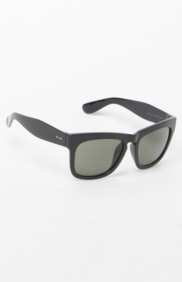 Skadoosh Sunglasses