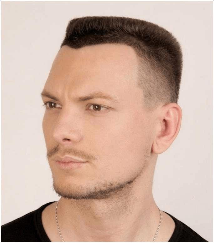 Trendy Männerfrisuren Vorne Wenig Haare