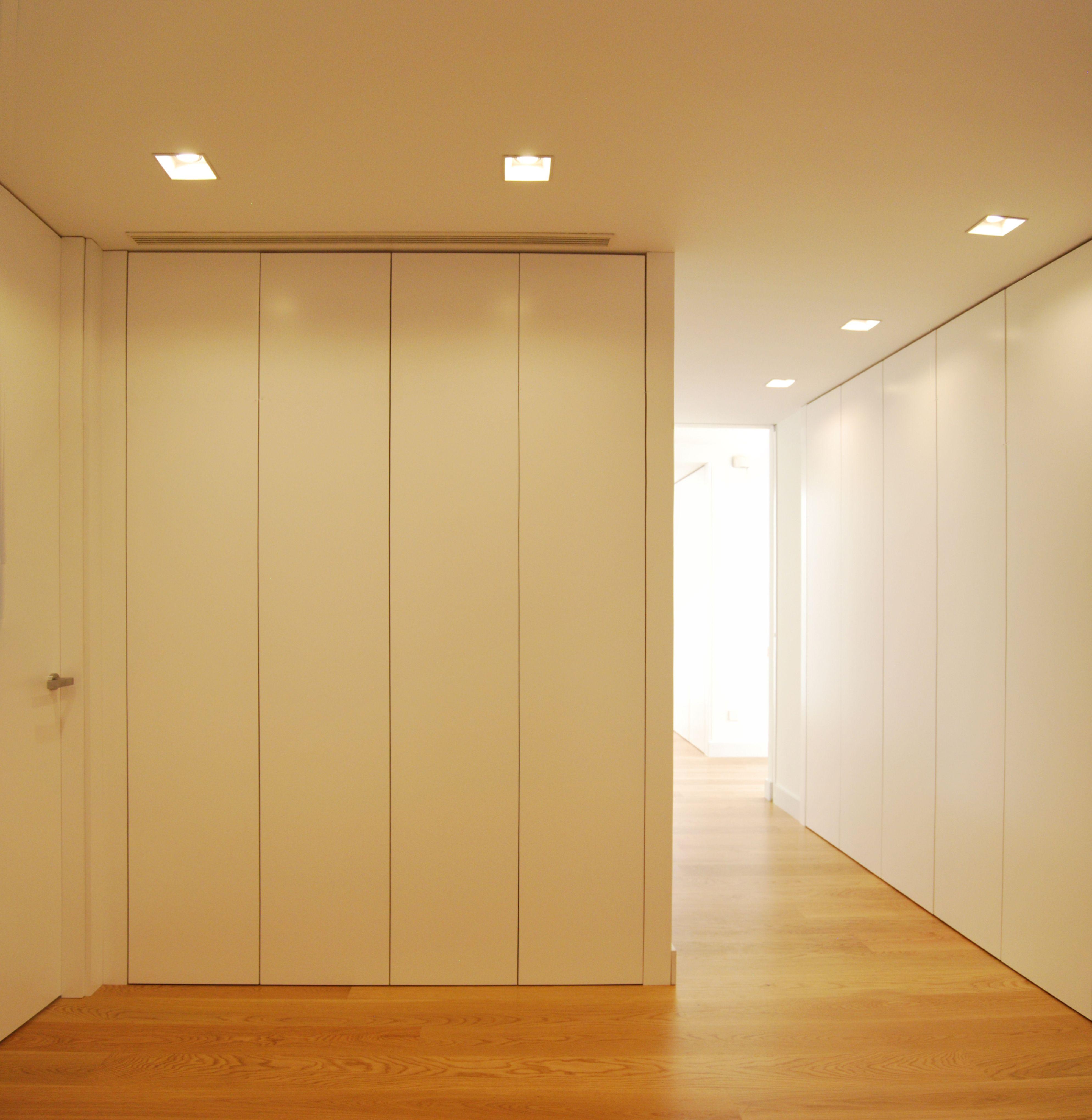 Distribuidor y pasillo con armario integrado - Armario pasillo ...