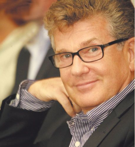 И́горь Матве́евич Костоле́вский (род. 10 сентября 1948 года) — советский и российский актёр театра и кино, заслуженный артист РСФСР...