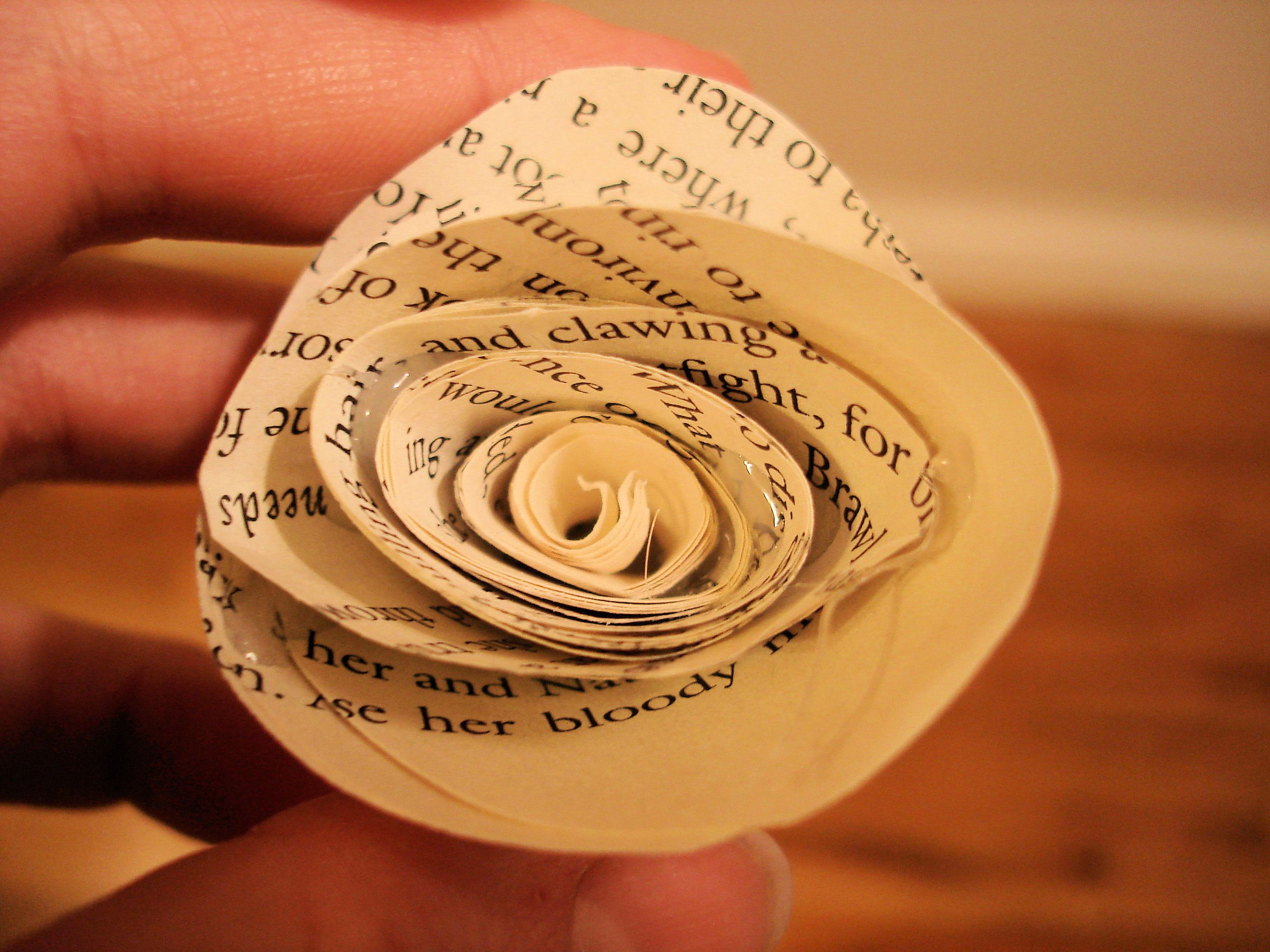 Paper Rosette {wreath if desired} Paper rosettes, Book
