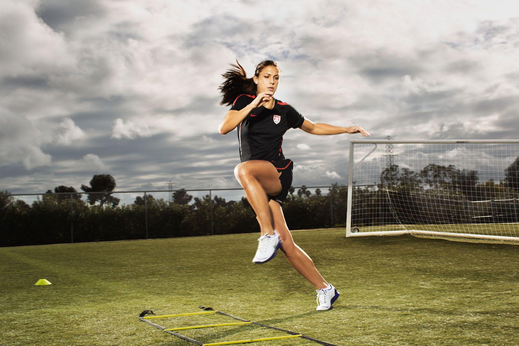 Alex Morgan As Katy Perry For Espn The Magazine Alex Morgan Soccer Training Soccer Girl