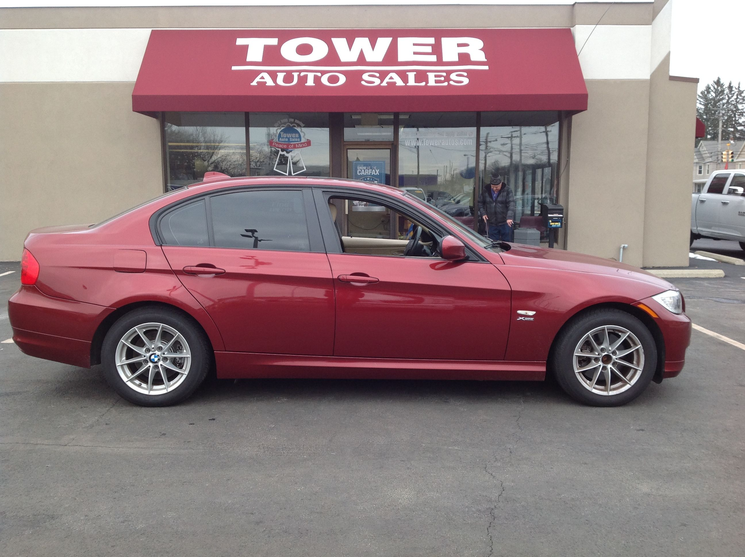 Tower Auto Sales >> Pin By Tower Auto Sales On Luxury Vehicles Luxury Cars
