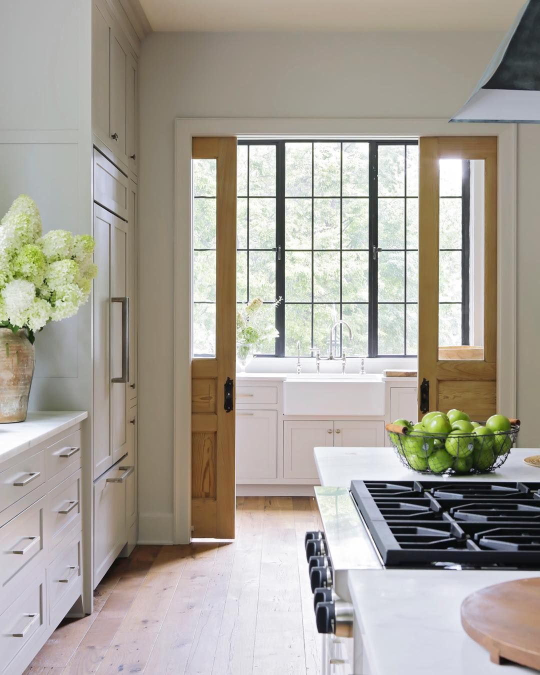 Kitchen Design And Layout Definition: Pin By Dianne Wright On Kitchens In 2018